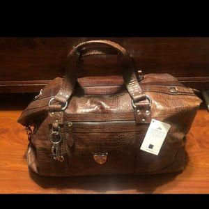 Handbags - New Avantair Duffle Leather weekender